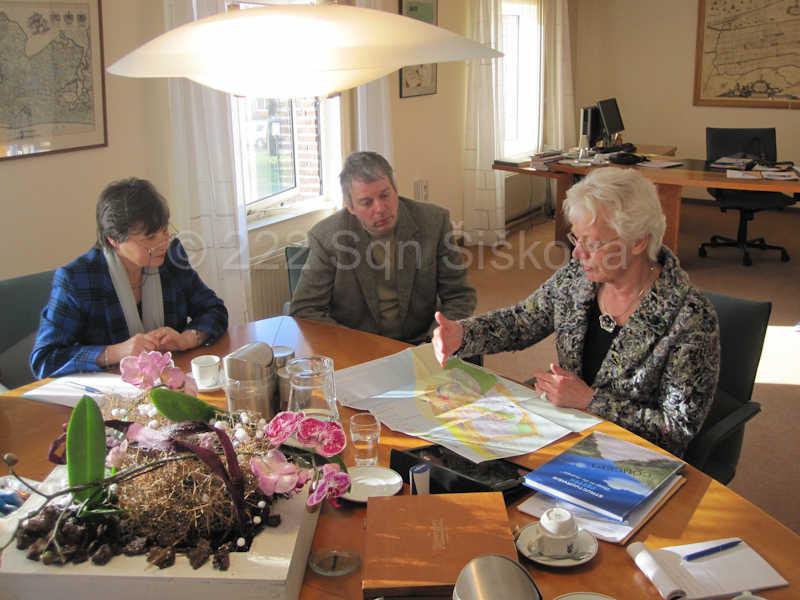 meeting-with-the-mayor-mrs-m-g-dekker-2